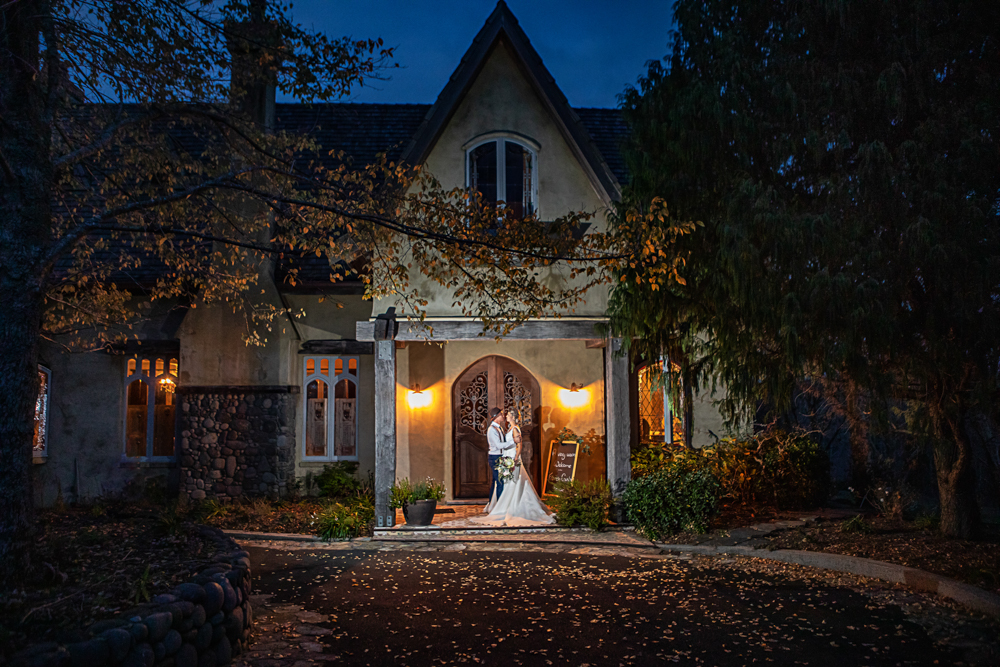 Last kiss French Country House